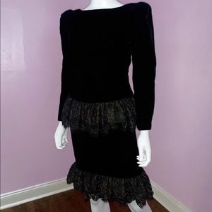 1980s Black Miss O by Oscar De le Renta Dress